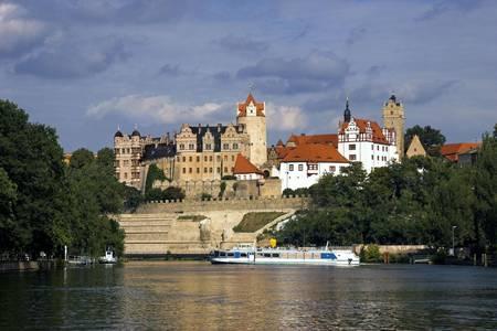Schloss Saale BBG IngoGottlieb 05.09.2006 AngabeFotograf vollständigeNennung